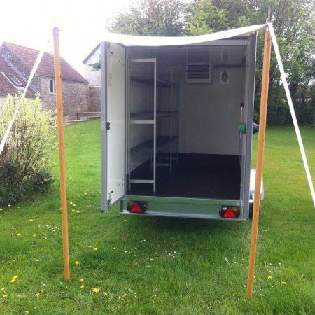 trailer-inside2