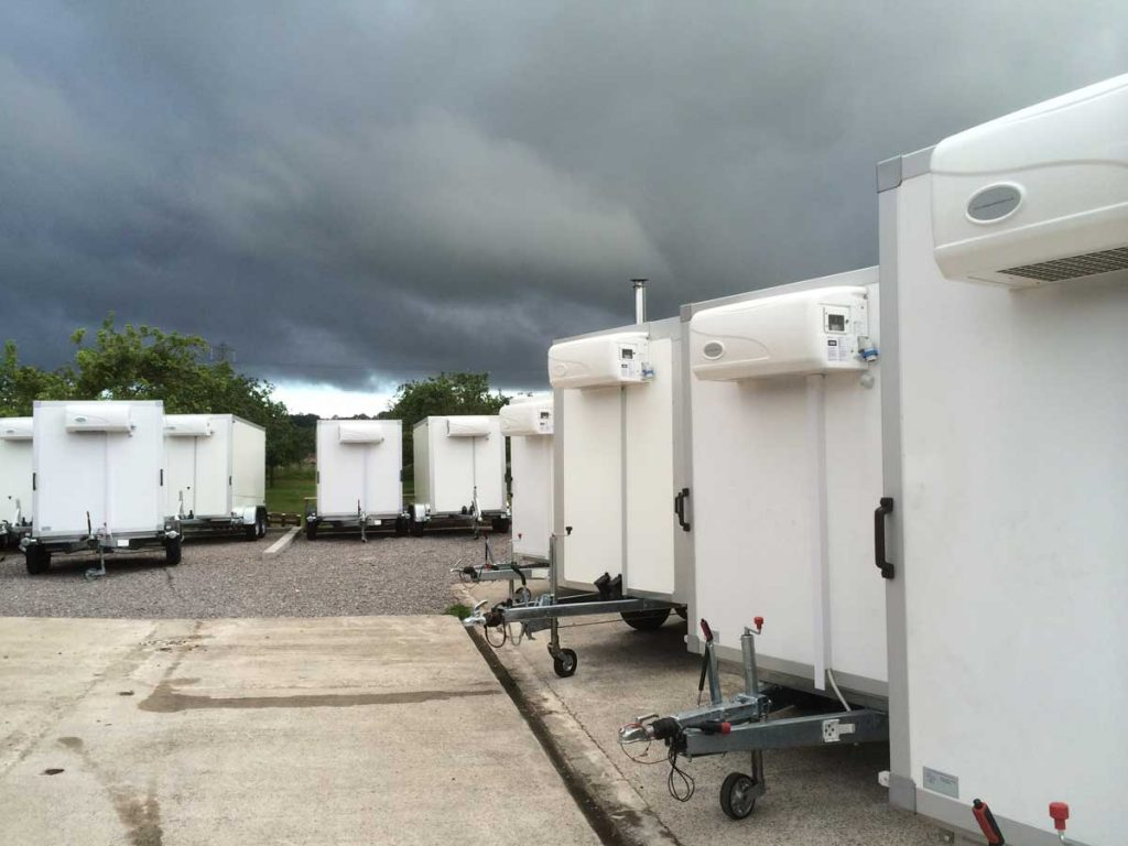 trailer-outside2