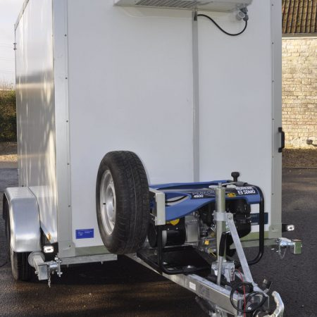 Refrigerated trailer with generator